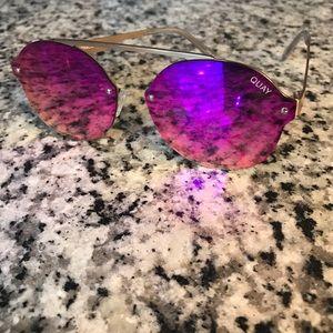 Quay aviators sunglasses, hot pink lenses